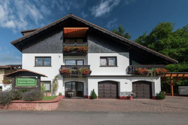 Hotelbilleder: Ferienwohnung Siefert, Mossautal
