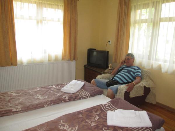 酒店图片: Guest House Zhabokrek, Banya
