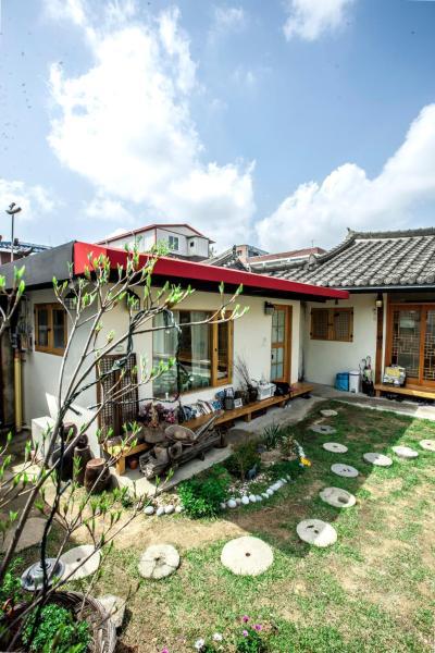 Zdjęcia hotelu: Jeonju Indigo Hanok Guesthouse, Jeonju
