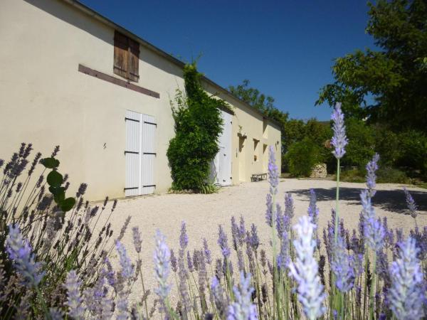 Hotel Pictures: La Longère Bourguignonne, Demigny