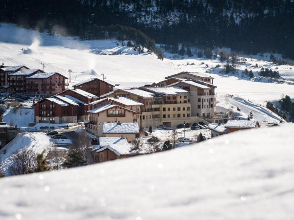Hotel Pictures: Mona Lisa Terrasse de Termignon, Termignon