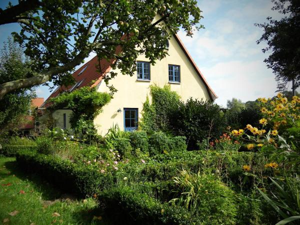 Hotel Pictures: Ferienhaus Kastanie, Klein Siemen