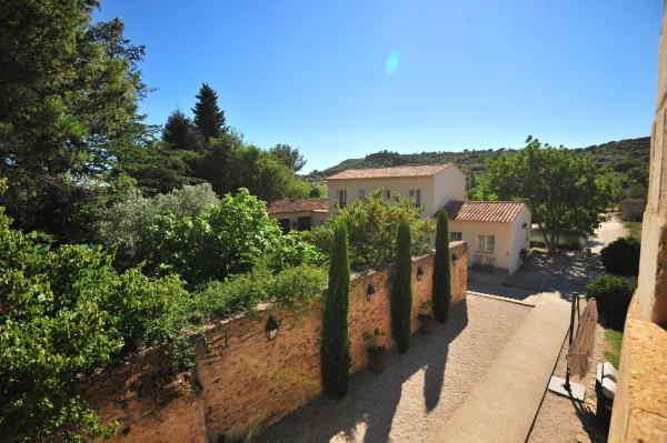 Hotel Pictures: Domaine Des Escaunes, Sernhac