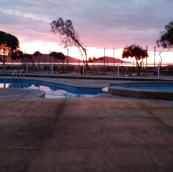 Hotel Pictures: Cabañas y Camping Mar Azul, Guanaqueros