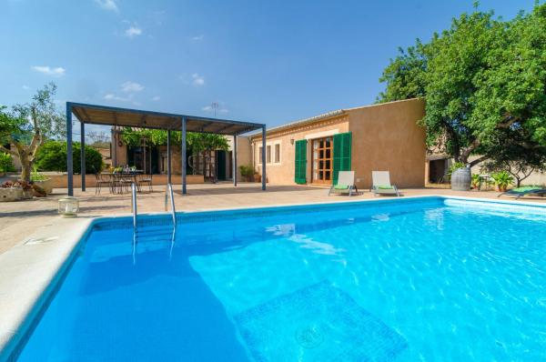Hotel Pictures: Camp Den Gall, Santa Eugenia