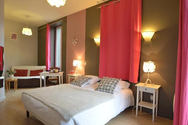 Hotel Pictures: Le Genève, La Bourboule
