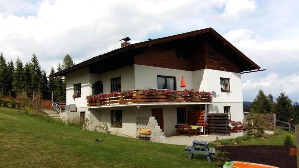ホテル写真: Ferienwohnung Haus am Stein, Deutschgriffen