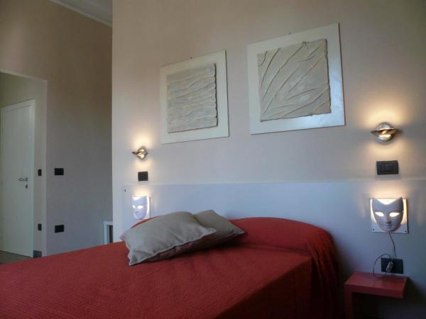 Foto Hotel: Lucca In Villa Elisa & Gentucca, Lucca