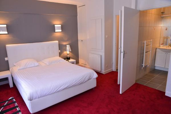 Hotel Pictures: Hôtel Le Square, Aurillac
