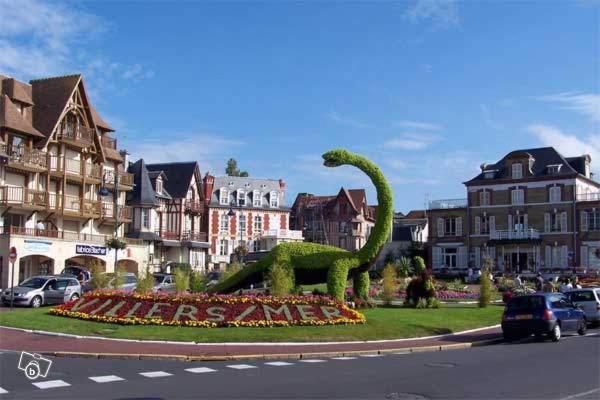 Hotel Pictures: Au Normand, Villers-sur-Mer