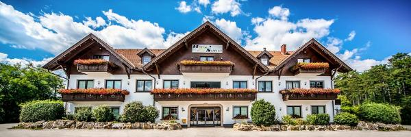 Hotelbilleder: Hotel Restaurant Schwartz, Breitenau