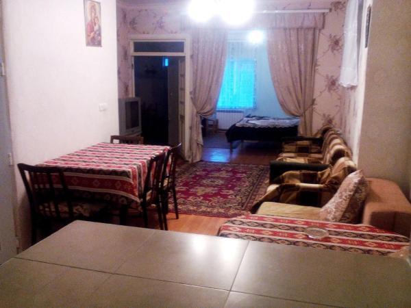 Hotelbilleder: At Kechareci Holiday Home, Tsaghkadzor