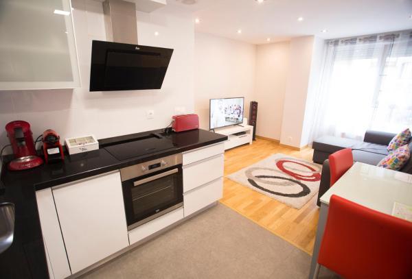 Hotel Pictures: Apartamentos Amaiur, Estella