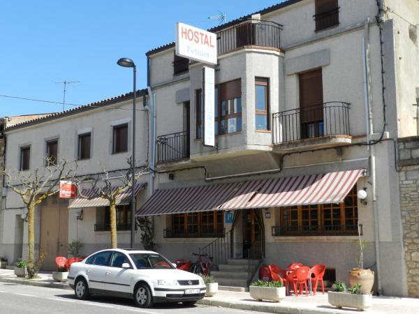 Hotel Pictures: Cal Feliuet, Passanant i Belltall