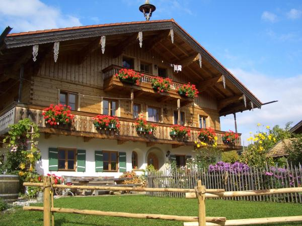 Hotel Pictures: Huberbauernhof, Piding
