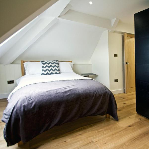 Hotel Pictures: Clockhouse Apartment, Newbury