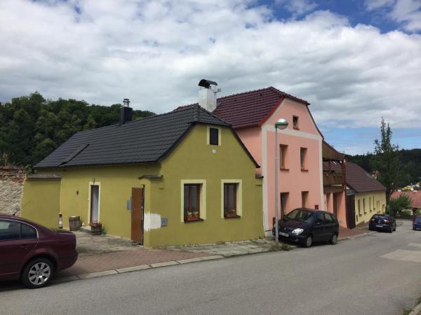 Hotel Pictures: Apartment Lota, Hluboká nad Vltavou