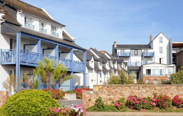 Hotel Pictures: Les Bains, Trégastel