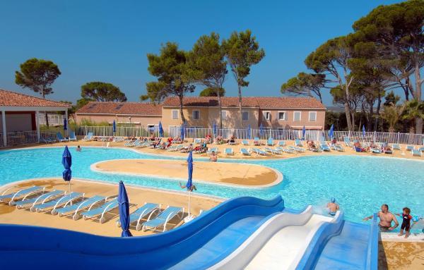 Hotel Pictures: Le Domaine Des Mas Des Vignes, Calvisson
