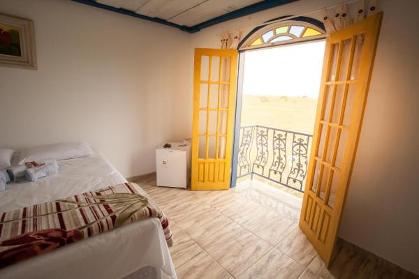 Hotel Pictures: Pousada Ecorrural Rancho Ouro Preto, Carapebus
