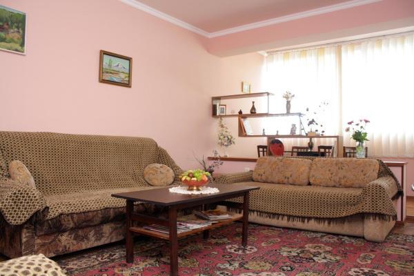 Hotellikuvia: Mariam Apartment, Dilijan