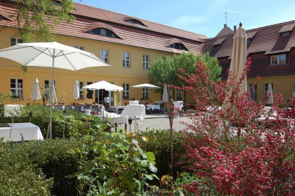 Hotel Pictures: Vierseithof, Luckenwalde
