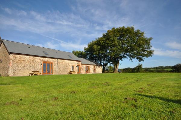 Hotel Pictures: Hastings Barn, Bideford