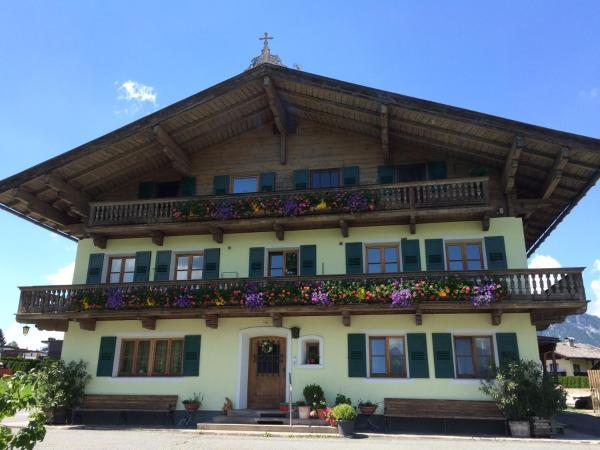 Foto Hotel: Appartment Eichenhof, Sankt Johann in Tirol