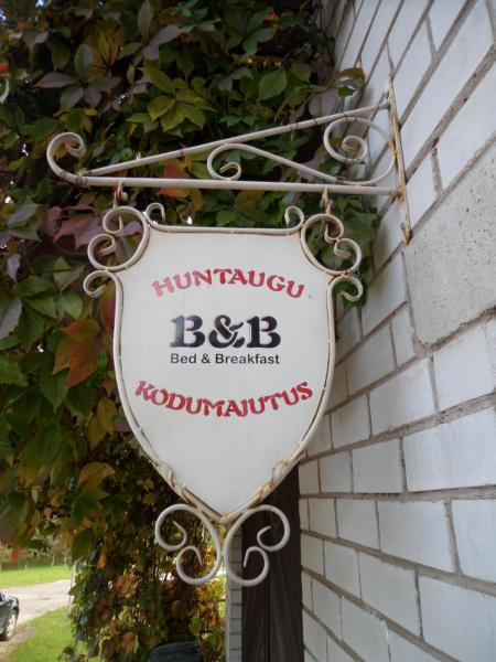 Hotel Pictures: Huntaugu Homestay, Viljandi