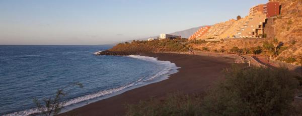 Hotel Pictures: Sea Apartment, Radazul