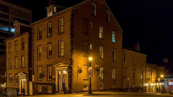 Hotel Pictures: Chipman Hill Suites - Pratt House, Saint John