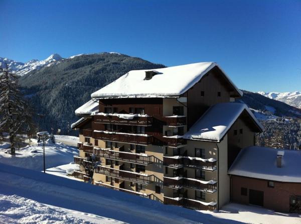 Hotel Pictures: 23 Praz de l'Ours, Peisey-Nancroix