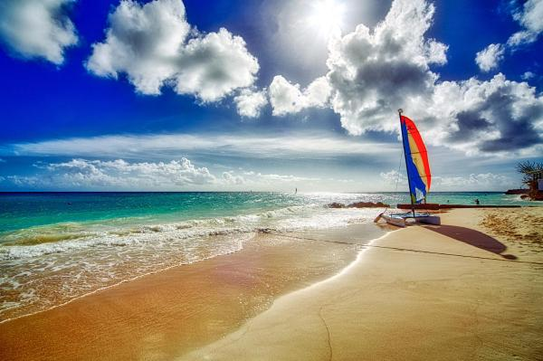 Фотографии отеля: Sea Breeze Beach Hotel All Inclusive, Крайст-Черч