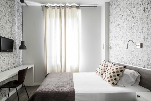 Hotel Pictures: Residencia Universitaria Roberto de Nobili, Sant Cugat del Vallès