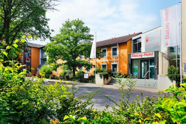 Hotel Pictures: DiaLog-Hotel, Neuendettelsau