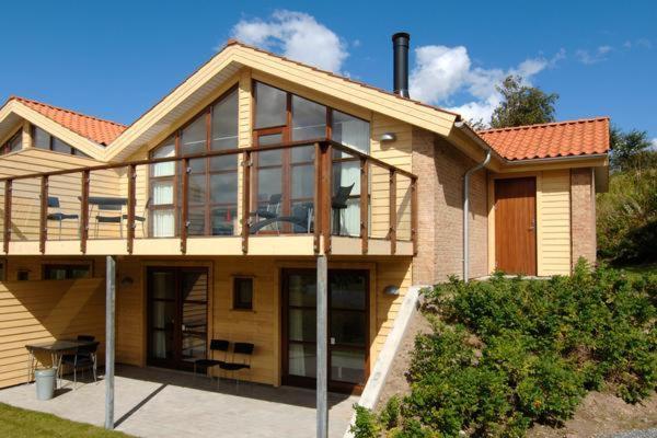 Hotel Pictures: Holiday Home Marinavej V, Egernsund