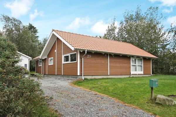 Hotel Pictures: Holiday Home Ulstedvej, Fur