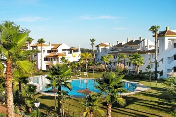 Hotel Pictures: Holiday Home Calle, Sitio de Calahonda