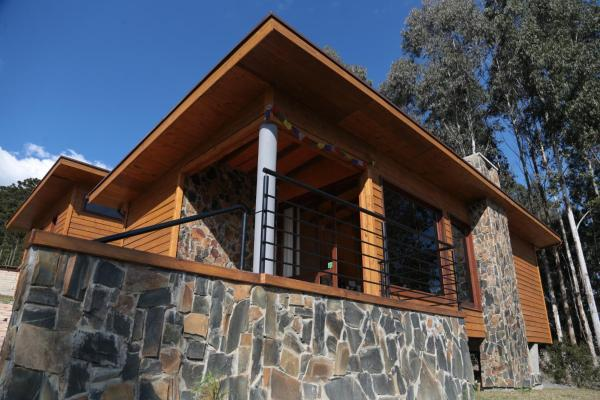 Hotel Pictures: Graxaim Ecohostel, Urubici