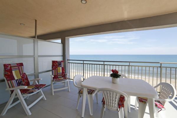 Hotel Pictures: Apartamento Guardamar de la Safor, Playa de Miramar