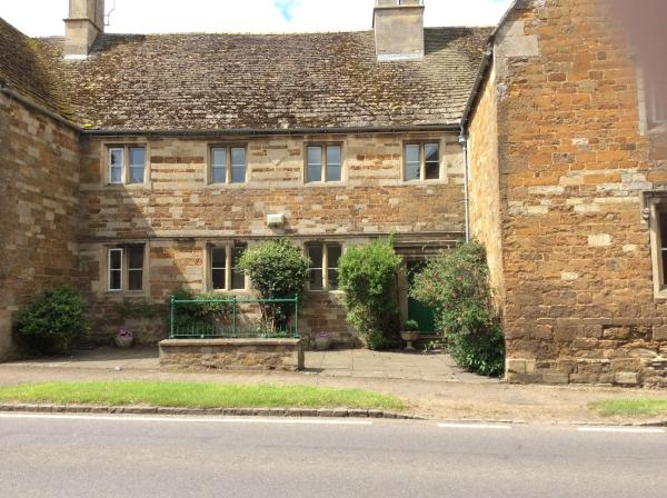 Hotel Pictures: Castle Farm House B&B, Corby