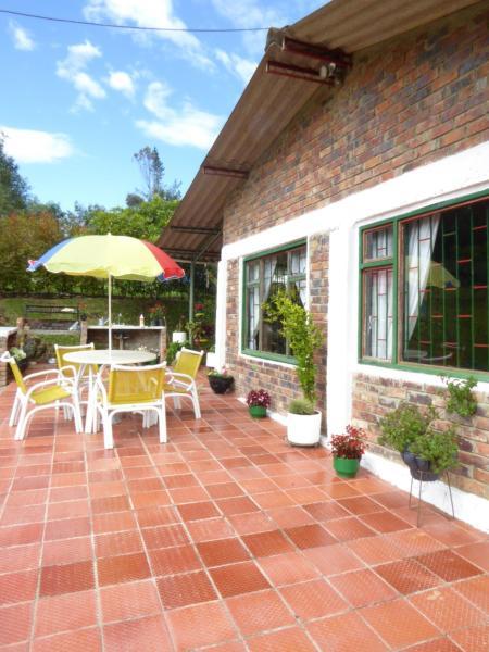 Hotel Pictures: Casa Acacias, Suesca