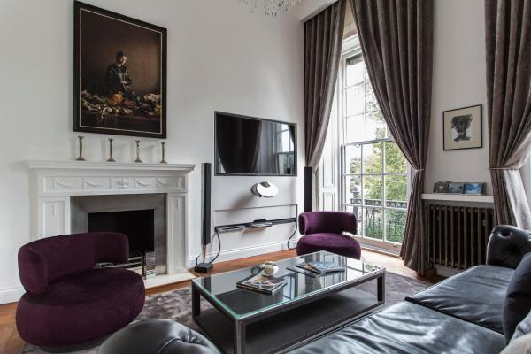 Four-Bedroom Apartment - Hyde Park Gardens