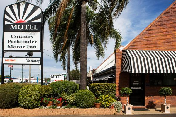 Fotos do Hotel: Country Pathfinder Motor Inn, Dalby