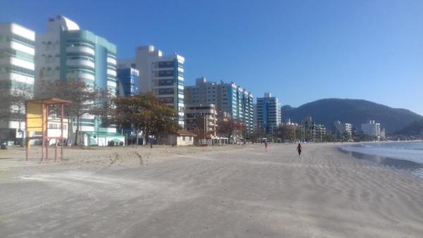 Hotel Pictures: Locação De Veraão Itapema, Itapoa