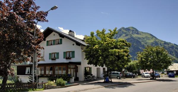Fotos de l'hotel: Gästehaus Linder Ferienwohnungen, Mittelberg