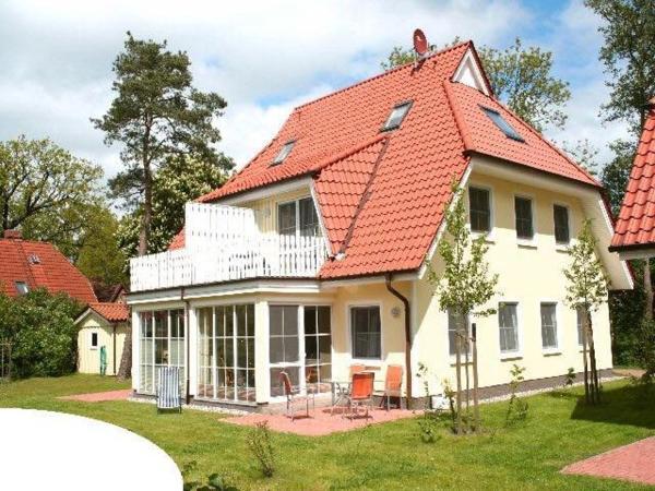 Hotel Pictures: Ferienwohnung Buchenpark, Prerow
