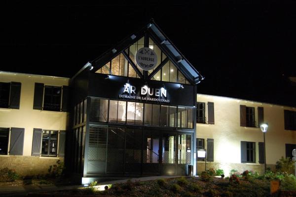 Hotel Pictures: Auberge de la Hardouinais-Arduen, Saint-Launeuc