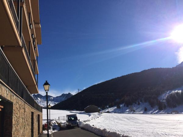 ホテル写真: Prat de Baix, Bordes d´Envalira