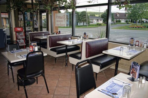 Hotel Pictures: , Saint-Joseph-de-Beauce